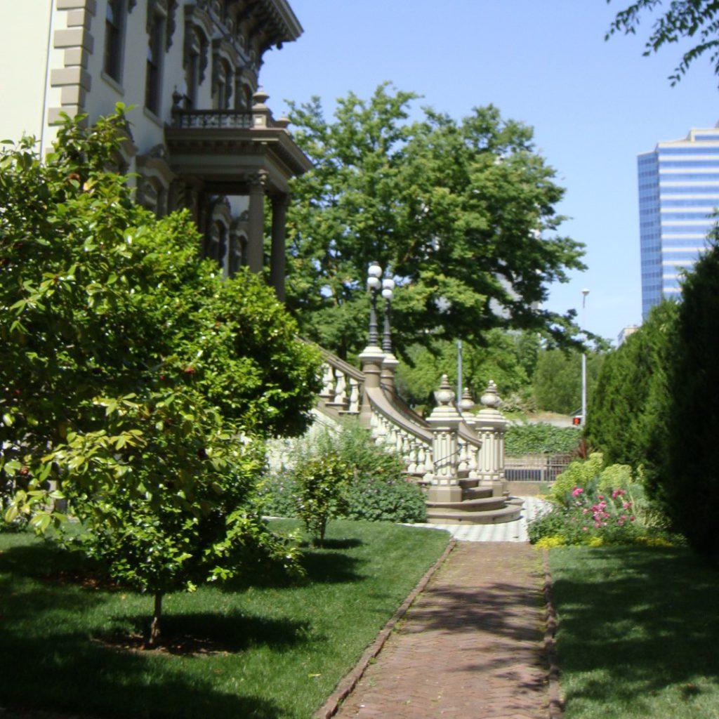 Stanford Mansion State Historical Park