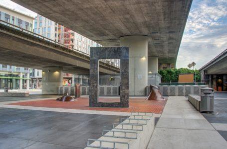 MacArthur BART Plaza